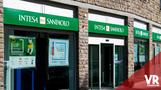 intesa san paolo assume