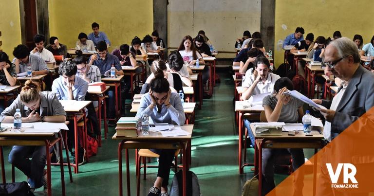 Curriculum dello studente insieme al diploma
